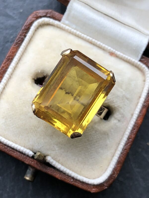 Vintage 9ct Yellow  Gold Citrine Large Emerald Cut Dress Ring Cocktail