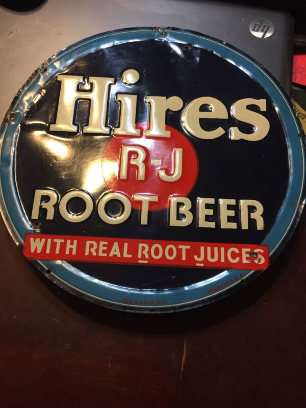 """Hared To Find 12"""" Round Hires R-J Roorbeer Sign CA-1"""