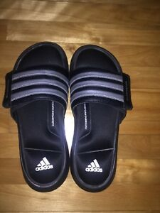 Adidas Superstar taille 10 a seulement 45$