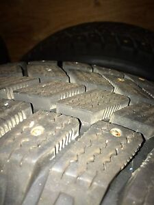 Studded tires 195/65-15