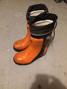 Viking chainsaw protection boots