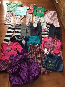 Lot de vêtements 3-4t