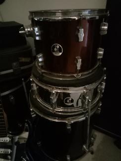 Drum Kit 5 piece Sonar Meinl cymbals