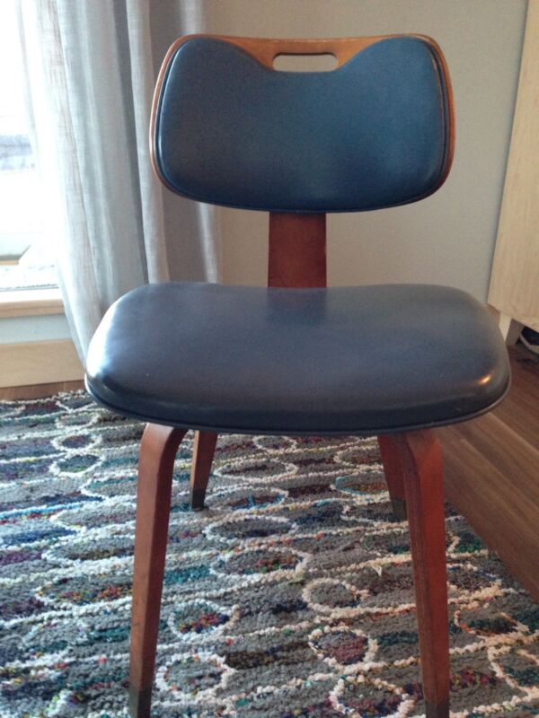 Thonet bentwood chairs set of four
