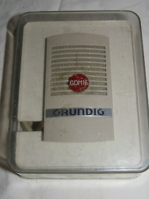 GRUNDIG GDM 16 Dynamisches Mikrofon (13314)