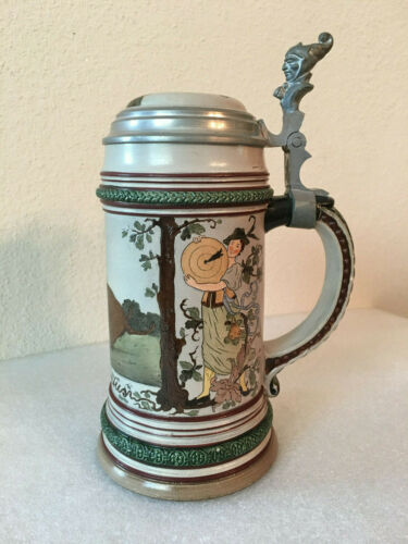 ANTIQUE GERMAN LIDDED BEER STEIN MARZI REMY MOLD #434 RENAISSANCE HUNTER CA.1900