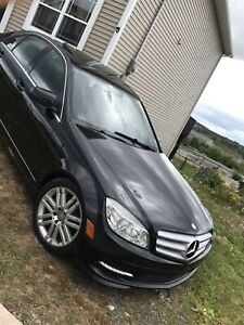 2011 Mercedes Benz c250 sport awd