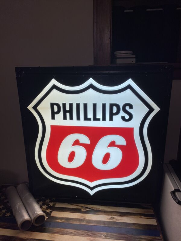 VINTAGE ORIGINAL RARE PHILLIPS 66 GAS STATION LIGHT UP SIGN 44in by 44in