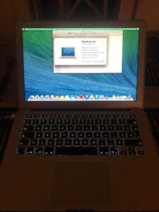 MacBook Air 2014 in great condition for sell