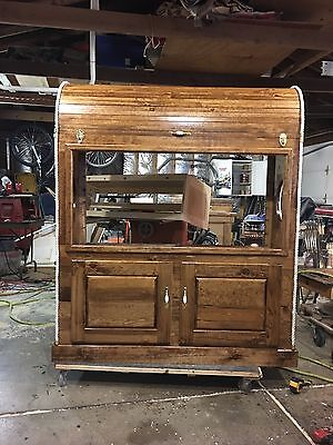 Treasure chest 90 gallon tank with port holes on side top opens for easy clean