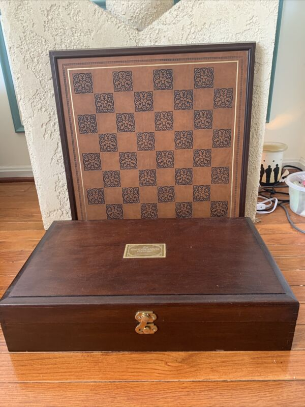 Franklin Mint Great Crusaders Chess Set  Complete w/ Board and Storage Chest
