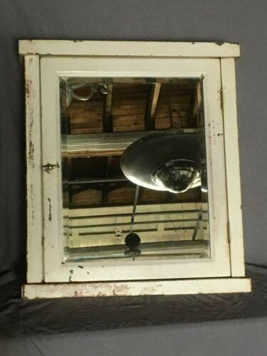 Large Vtg Industrial Metal Surface Mount Medicine Cabinet Beveled Mirror 254-19E