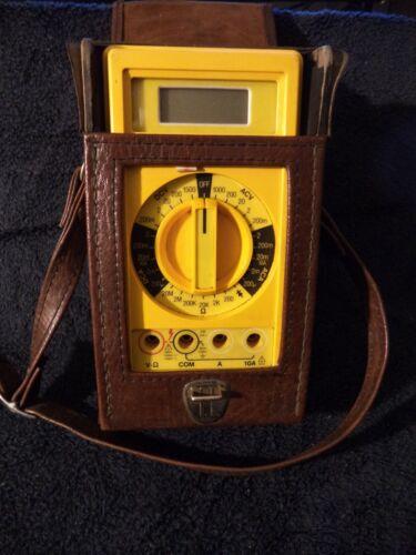 Beckman Industrial HD110 Digital Multimeter  Heavy Duty W/Case