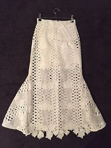 Alice McCall White lace skirt Size 4 brand new with tags Port Melbourne Port Phillip Preview