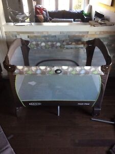 Graco Pack n Play (Play Pen)