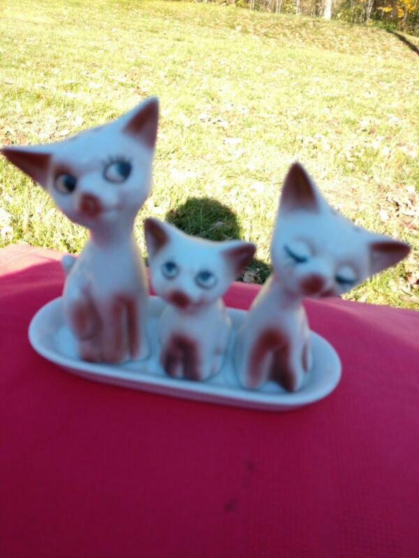 3 Piece Kitty Cats On Tray Salt And Pepper Shaker With Toothpick Holder