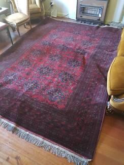 Persian / Pakistani Wool Rug