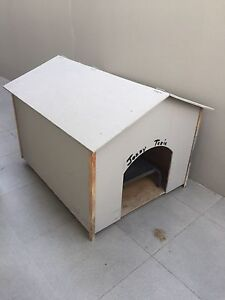 Extra large dog kennel Highland Park Gold Coast City Preview
