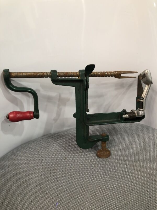 Vintage Early 20th C. White Mountain Apple Green/Red Cast Iron Apple Peeler