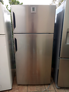 Fridge electrolux  520ltr stainless finish $400 Ambarvale Campbelltown Area Preview