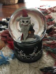 nightmare before christmas snow globe - Nightmare Before Christmas Snow Globes