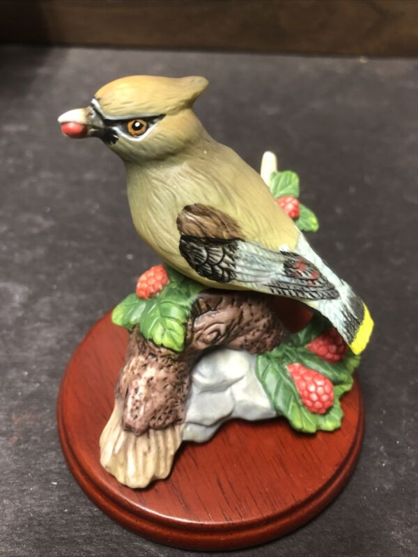 Vtg America's Favorite Songbirds Cedar Waxwing Original Package Hand Painted