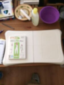 Nintendo WIi exercise board and dvd