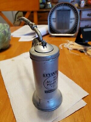 VINTAGE EAGLE OIL CAN OILER NO. 33F FINGER PUMP WITH FLEX SPOUT 6 OZ USA