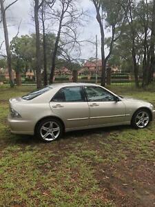 2002 Lexus IS200 Sedan