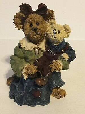 Boyds Bears, Ava with Christopher...Teach Me to Tie, Store Display (Stores Bear Me)