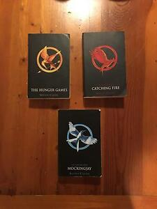 The Hunger Games Trilogy: Hunger Games, Catching Fire, Mockingjay Kanwal Wyong Area Preview