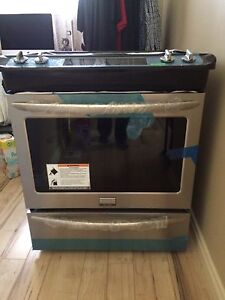 "Frigidaire Gallery 30"" slide in gas range Price Reduced"