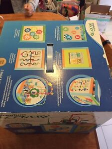 Discovery activity cube