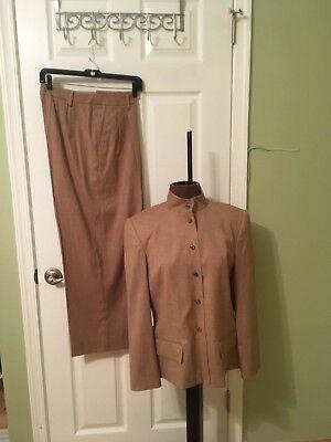 Linda Allard Ellen Tracy Women's Beige Pant Suit size 12
