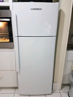 Fisher & Paykel right hand hinge 380 litre fridge