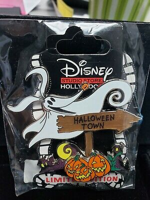 Halloween Sign Post (Disney Pin DSF DSSH Sign Post Series Halloween Town NBC Zero LE Nightmare)