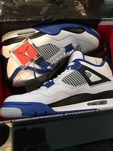 Air Jordan Retro 4s