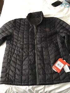 North face thermoball jacket taille M black matte