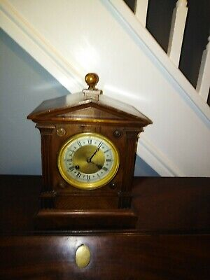 Antique Edwardian walnut Bracket clock