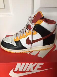 Nike Dunk Shoe Size 10.5