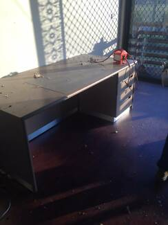 office table Schofields Blacktown Area Preview