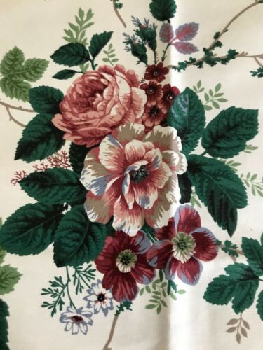 VINTAGE HEAVY COTTON UPHOLSTERY FABRIC-ROSES-GOOSEBERRIES-WAVERLY PLEASANT VALLE