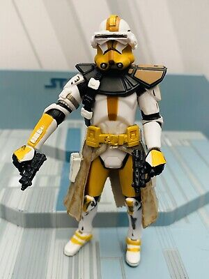 STAR WARS AOTC   ACTION  FIGURE MINT & LOOSE -CLONE COMMANDER BLY