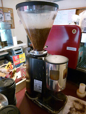 Mazzer Luigi Commercial Coffee Grinder Made In Italy Model Super Jolly Man