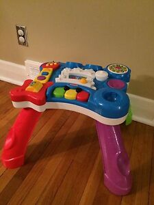 Musical Activity Table - great condition!
