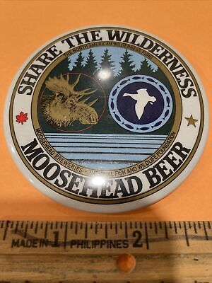 Moosehead Beer Brewery Button Pin 1990 Fish and Wildlife Foundation Moose