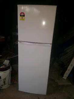 Second hand fridge
