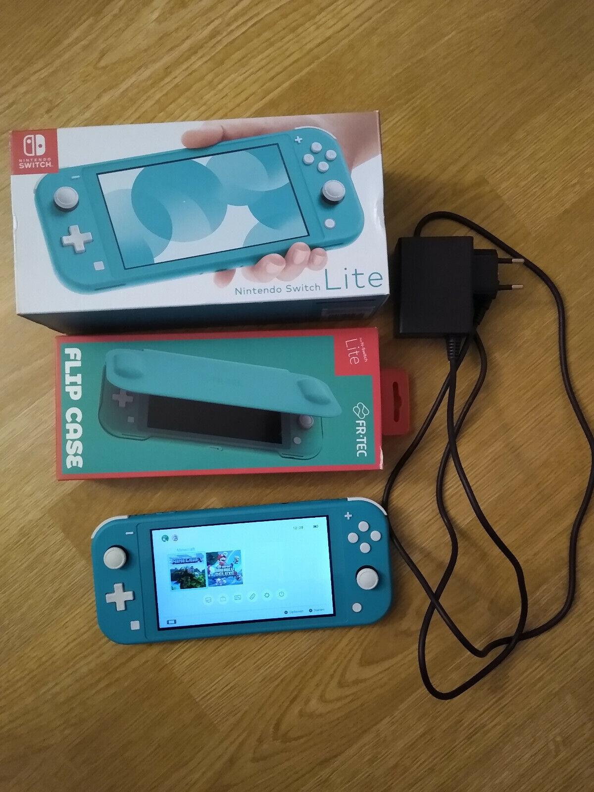 Nintendo Switch Lite + Case + 2 Spiele Minecraft, Super Mario Bros U Deluxe