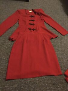 Fairweather -  Made in Canada suit size 4