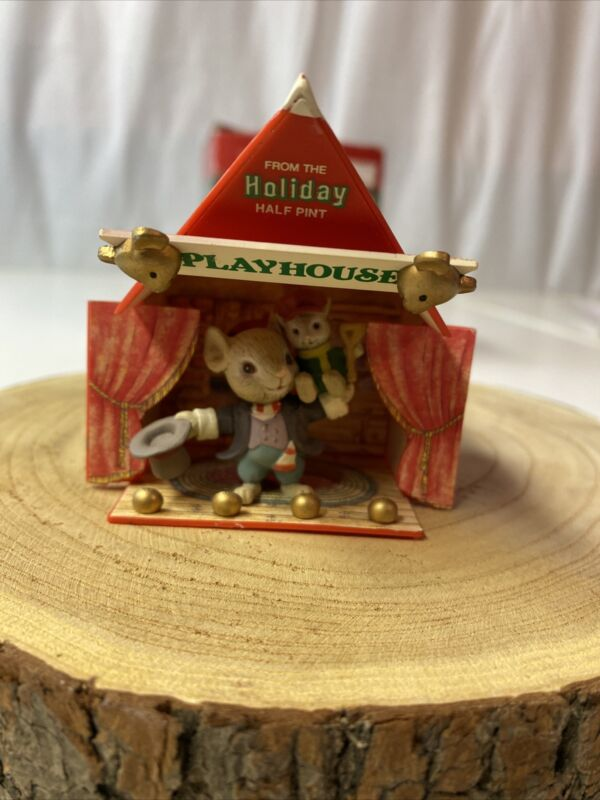 "VTG Enesco M Gilmore ""a christmas carol"" 1st issue in half pint playhouse series"